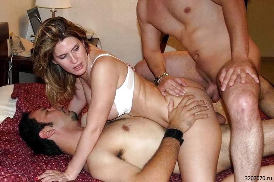 Первый Секс Жены Видео