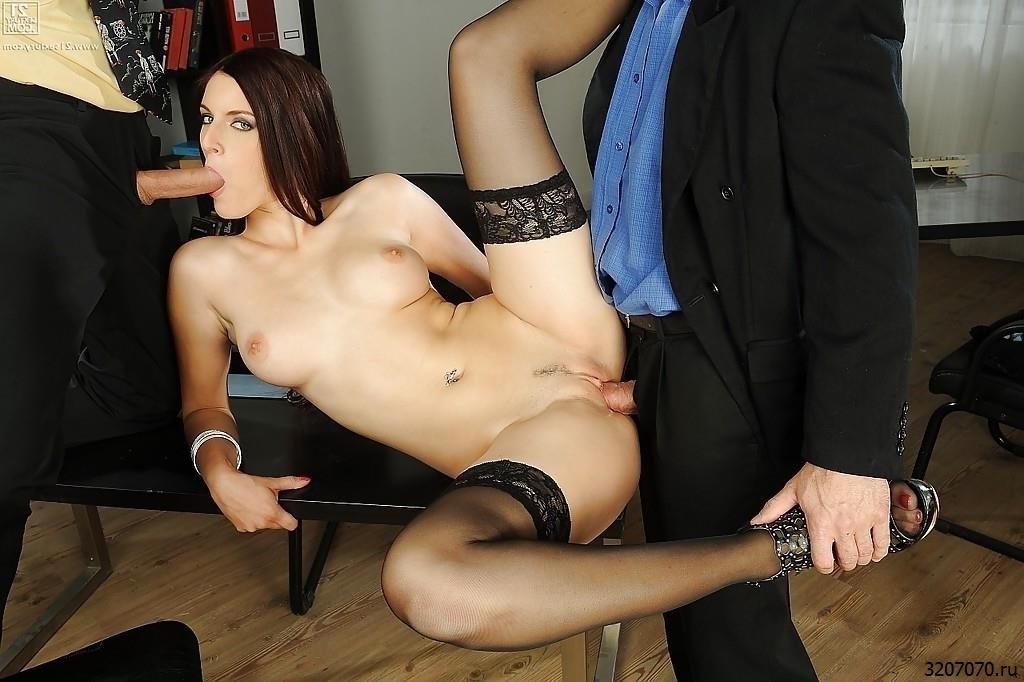 Секс С Секретаршей Видео
