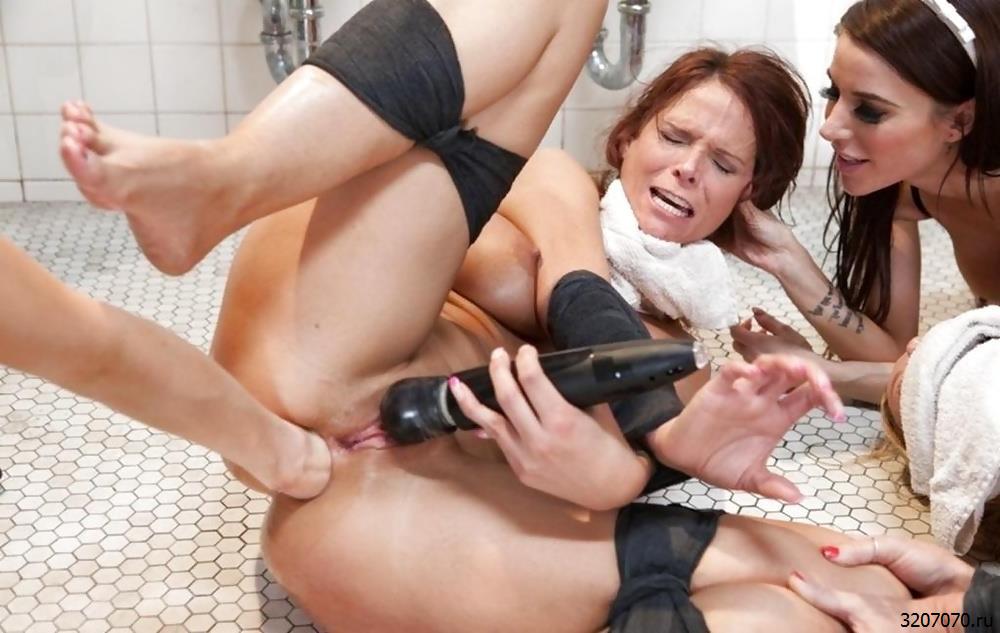 Жесткий Групповой Секс С Игрушками