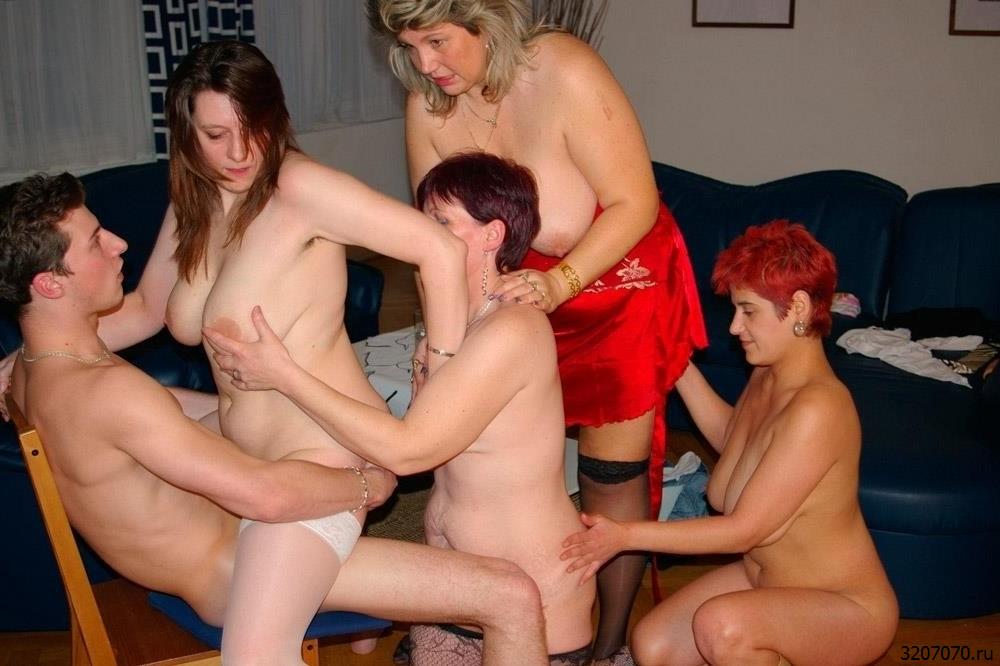 Секс С Зрелой Подругой Жены