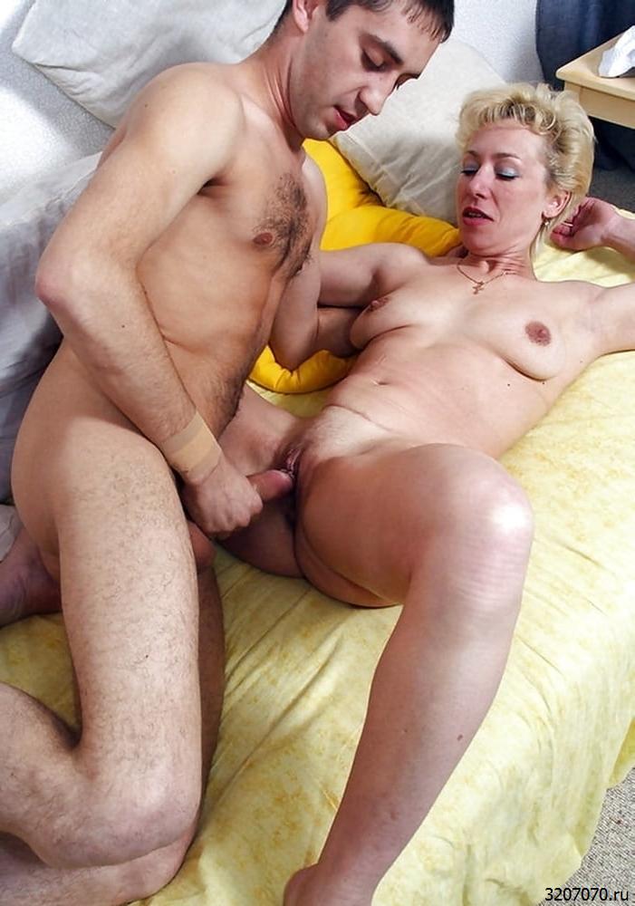 Порно С Мамочкой Инцест Секс